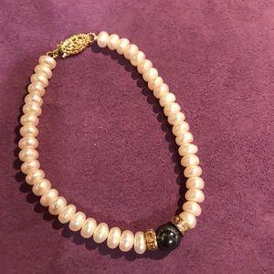 Pearl bracelet New